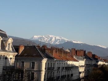 Investir dans un logement étudiant à Grenoble